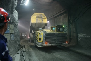 The Atlas Copco MT42 mine truck in action. Copyright: The Intelligent Miner